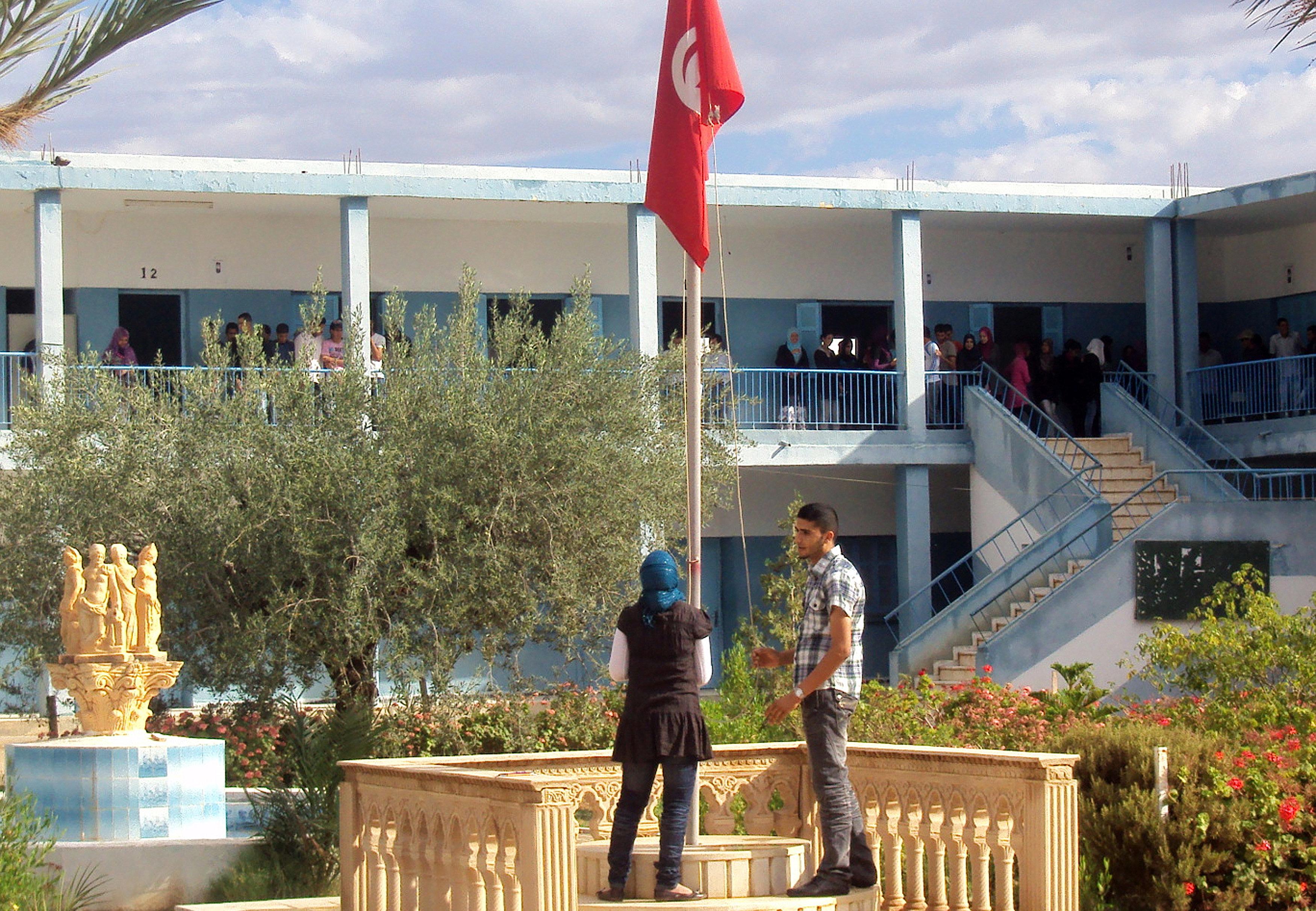 Démission collective de directeurs d'établissements éducatifs à Sidi Bouzid, menaces de démission au