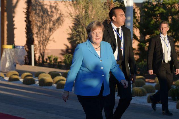 Kanzlerin Angela Merkel bei ihrer Ankunft im Marrakesch.