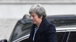 Theresa May annonce le report du vote sur l'accord de