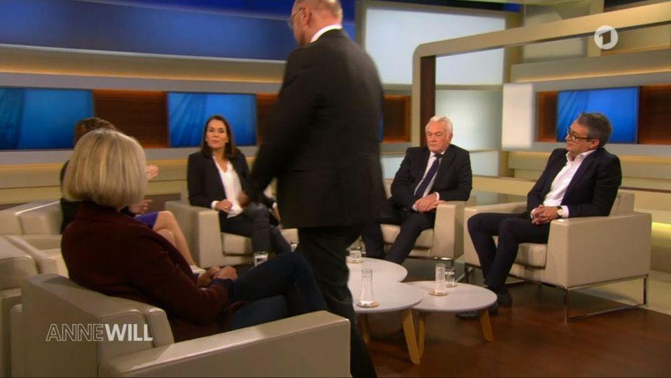 """""""Anne Will"""": Martin Schulz verließ plötzlich Studio – ARD verrät warum"""