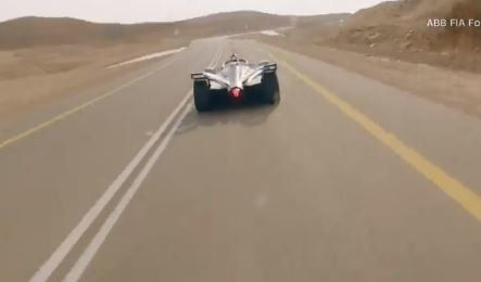 Formula E εναντίον του ταχύτερου ζώου στον κόσμο: ποιος