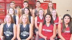 6쌍의 쌍둥이가 농구선수로 뛰는 고등학교가