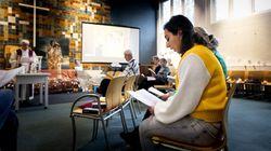 망명 가족 추방 막으려 1100시간째 예배 중인 네덜란드의