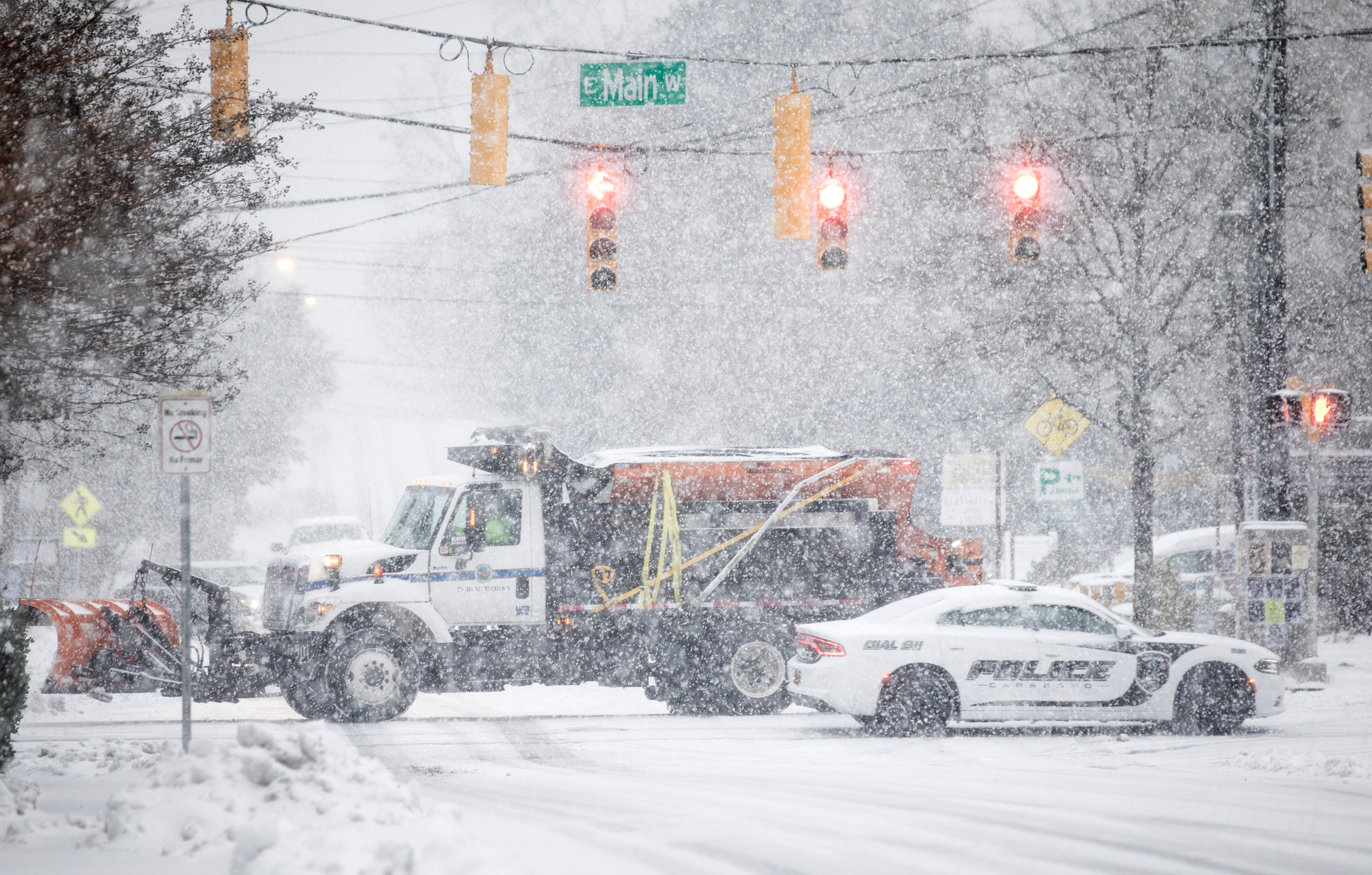 North Carolina Snowstorm Kills Three