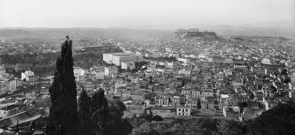 Άποψη της Αθήνας από τους...