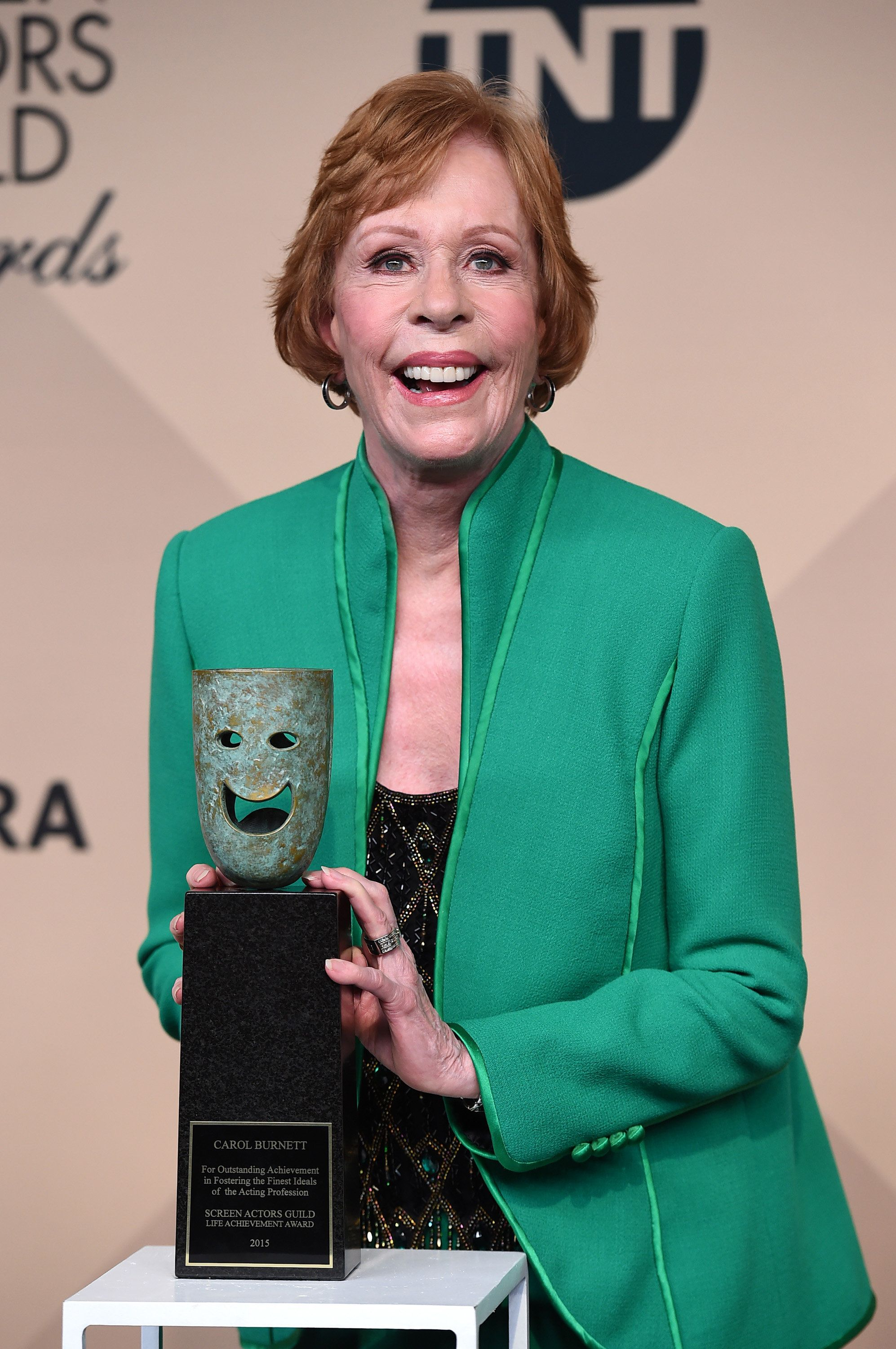 Carol Burnett poses in the press room with the the Screen Actors Guild life achievement award at the 22nd annual Screen Actors Guild Awards at the Shrine Auditorium & Expo Hall on Saturday, Jan. 30, 2016, in Los Angeles. (Photo by Jordan Strauss/Invision/AP)