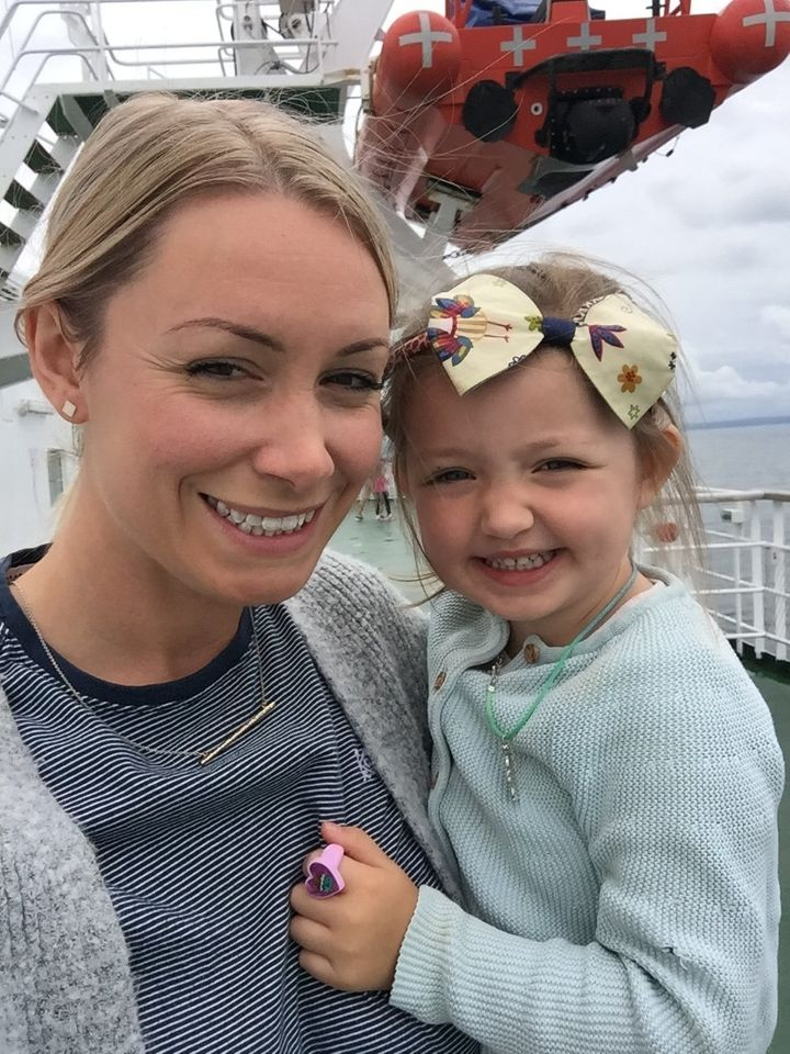 Bex Ricketts and her daughter.