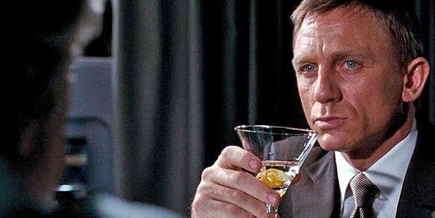 Ο Τζέιμς Μπόντ είχε «χρόνιο πρόβλημα με το αλκοόλ» -