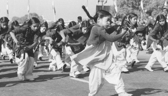 Rare Black And White Photos Of Republic Day Parades From