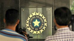 SC Says Politicians, Bureaucrats Can't Serve In BCCI, Asks Parliament To Decide On Legalising