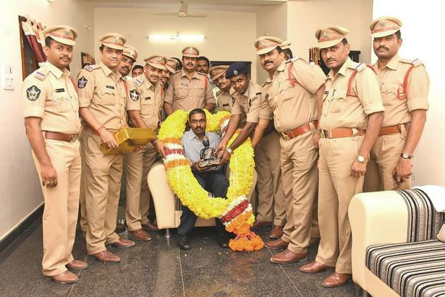 This Police Officer's Song Made 1.5 Lakh People Sign Up For Eye