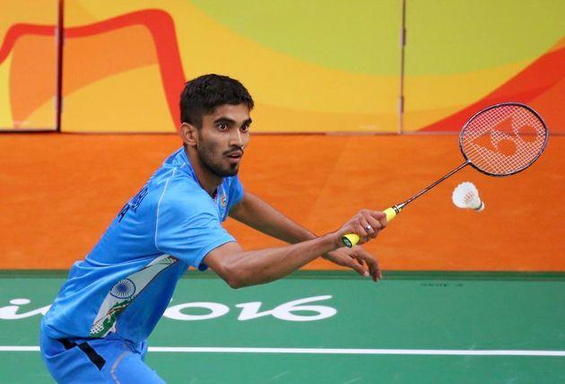 Srikanth Kidambi of India plays against Lino Munoz of