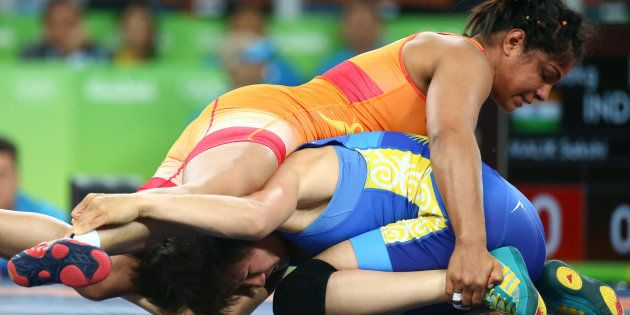 Sakshi earned the dramatic win after falling behind 0-5 following the firstperiod in the do-or-die