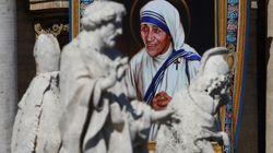 Mamata Banerjee's Sister Act At The Canonization Of Mother Teresa At The