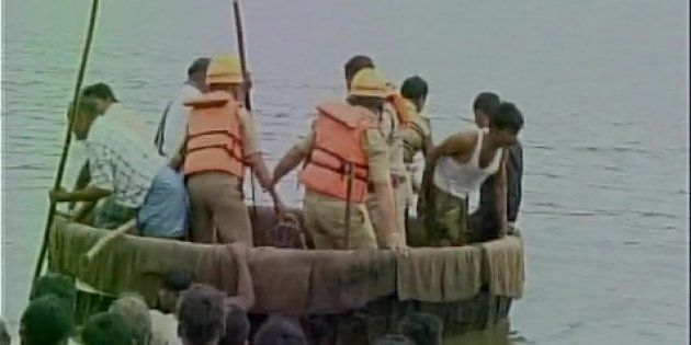 8 Bodies Recovered From Tungabhadra River After Boat Sinks During Ganesh