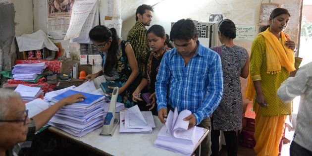 Delhi University Photocopy Kiosk Wins Copyright Case Against Publishing Giants Huffpost India