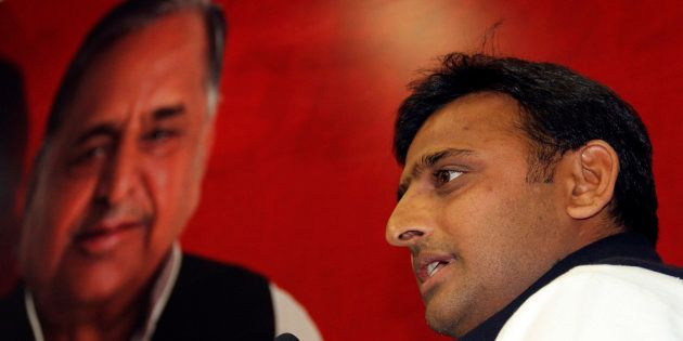 The Yadav Family Feud Isn't Over, And Mulayam Just Showed Everyone Who's The Real