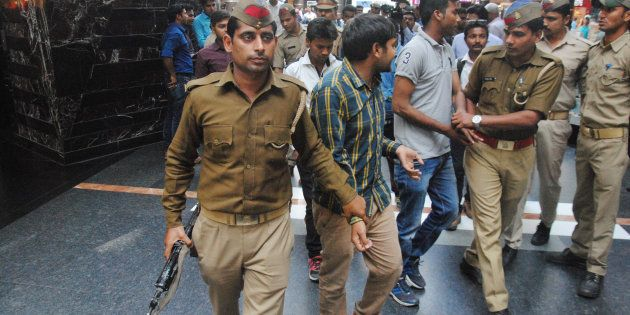 Amid Outrage Over Anti-Romeo Squads, Meerut College Principal Says 'Indian Society Doesn't Allow