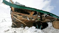 Five Soldiers Trapped After Avalanche Hits Army Post In J&K's Batalik Sector, Three