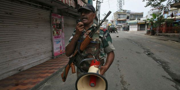 Complete Internet Shut Down In J&K Ahead Of Burhan Wani's First Death