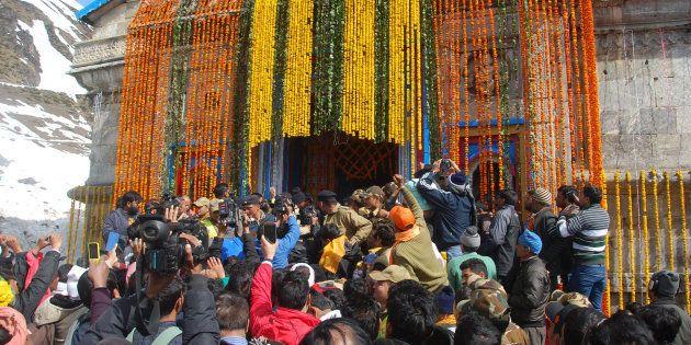 KEDARNATH, INDIA - APRIL 24: Hindu devotees waiting for their turn outside Kedarnath shrine on April...