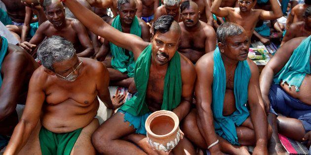 File photo of Tamil Nadu farmers protesting at Jantar Mantar, New
