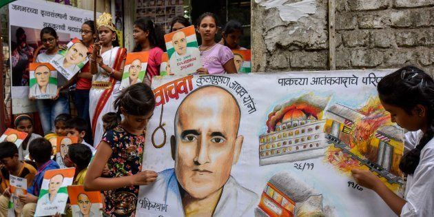 Kulbhushan Jadhav's Mother Petitions Pakistan For His Release, Asks For Visa To Meet