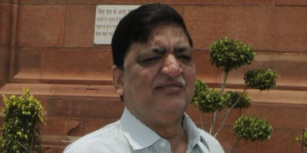 Samajwadi Party MP Naresh Agrawal Compares Hindu Gods to Alcohol, Expresses Regret