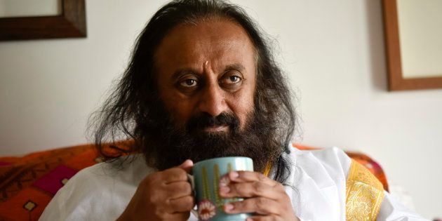 NGT Issues Contempt Notice To Sri Sri Ravi Shankar For Blaming Centre For Yamuna Floodplains