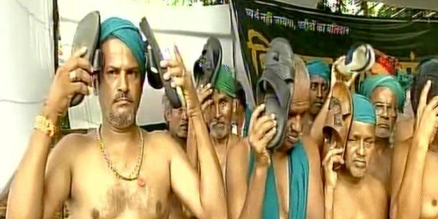 TN Farmers Beat Themselves With 'Chappals' To Protest MLAs' 'Shameless' Salary