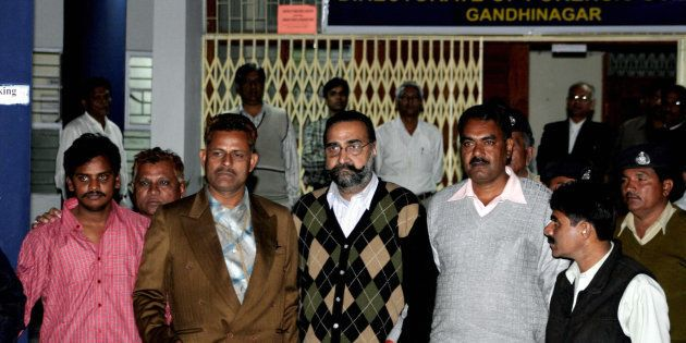 Nithari Killings: Surender Koli, Moninder Singh Pandher Sentenced To Death In Pinki Sarkar