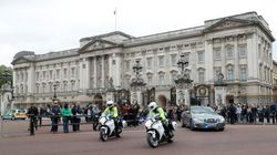 British Royal Staff Called To Buckingham Palace For 'Emergency