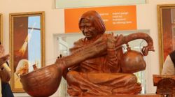After Controversy Over Bhagwat Gita, Kalam's Family Places Quran And Bible Next To His