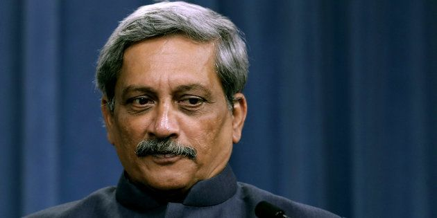 Shoot Anyone Who Comes At You With A Machine Gun: Manohar Parrikar Orders The Armed