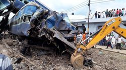 The Morning Wrap: UP Train Derailment Blame Game; The Battle Within