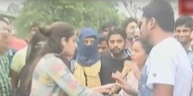 India Today Reporter Heckled At Aligarh Muslim University While Covering Verdict On Triple