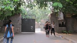 NIT Calicut Hostel Warns Female Residents Not To 'Roam' With