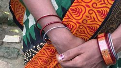 This Colourful 'Smart Bangle' Is Designed To Deliver Pregnancy Tips To Women In