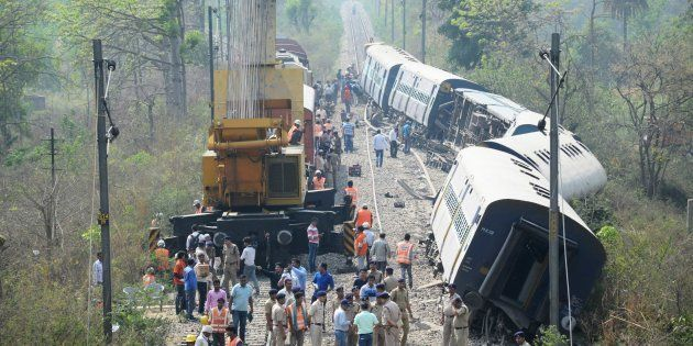 How Does Railway Minister Suresh Prabhu Get To Keep His Job Even After 3 Accidents In 10