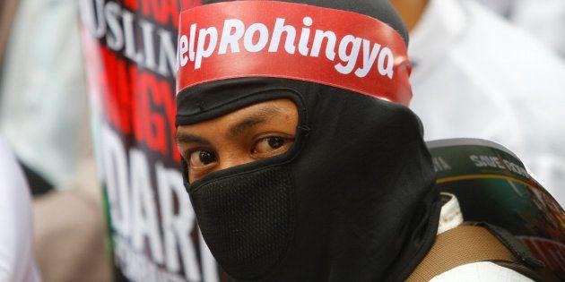 Myanmar's Suu Kyi Faces International Criticism Over Rohingya