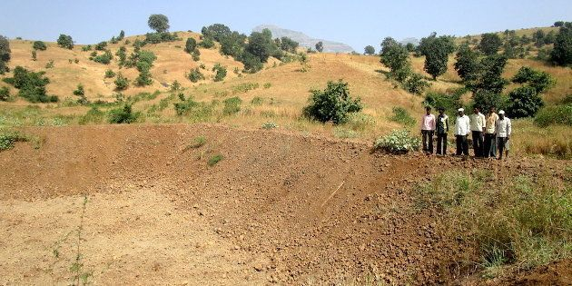 The Useless Farm Ponds Of Palghar Show Shoddy Implementation Of Maharashtra's Jalyukt Shivar