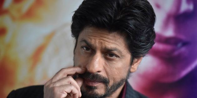 Shah Rukh Khan Promises Raj Thackeray That He Won't Work With Pakistani Artistes: