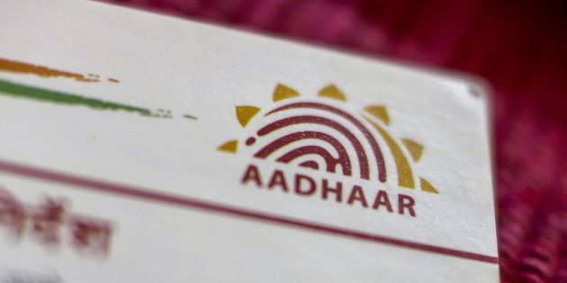 Now You Can Link Your PAN And Aadhaar Cards By Using SMS. Here's