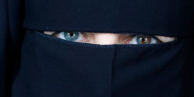 Saudi Police Detain Woman For Posting Picture On Twitter Without
