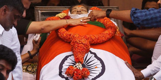 Jayalalithaa's Relatives Perform Her 'Cremation' To Ensure She Attains
