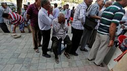 65 Year Old Man Dies Standing In Bank Queue In Madhya