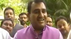 WATCH: BJP Mayor From Delhi Caught On Camera Completely Messing Up The National