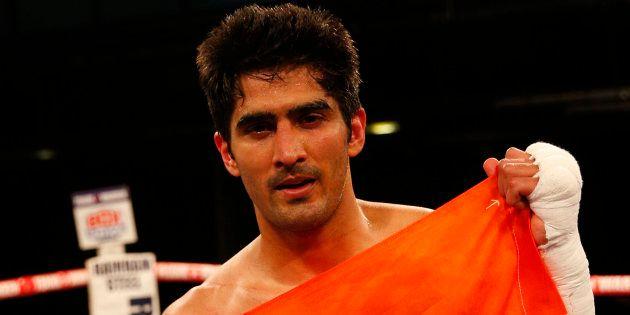 Vijender Singh Defeats Francis Cheka To Defend WBO Asia Pacific