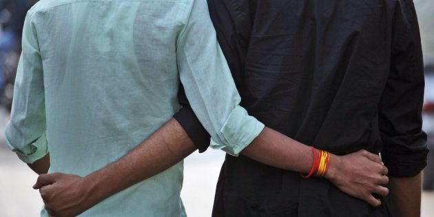 Restaurants And Bars In Delhi and Mumbai Say No To Gay Couples: