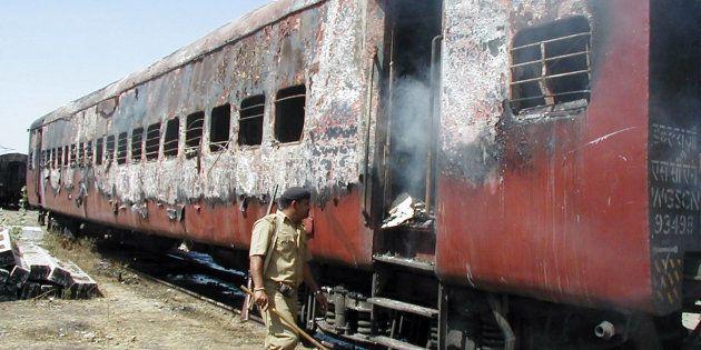 Godhra Train Burning Case: Gujarat HC Commutes Death Sentence Of 11 Convicts Into Life